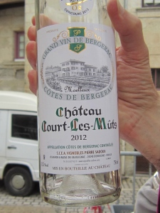 Chateau Court-Les-Mûts - the white wine served with the pâte