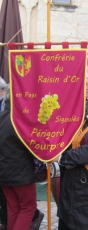 The flag of the Confrérie du Raisin d'Or de Sigoulès